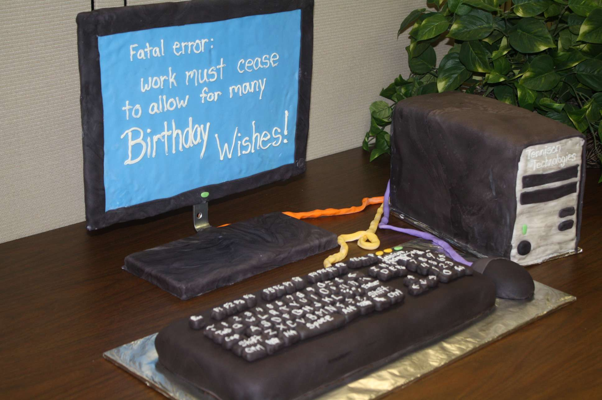 http://www.theeffect.net/wp-content/uploads/2013/03/Computer-Cake.jpg